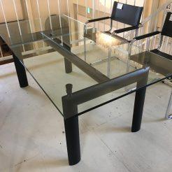 宇都宮 ダイニングテーブル ル・コルビジェ 買取